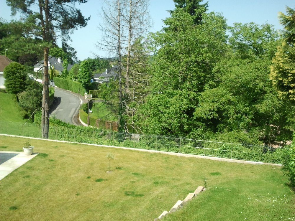 Aire camping-car à Lourdes (65100) - Photo 2